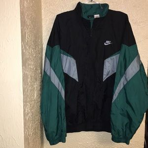 Nike Lightweight Windbreaker Jacket